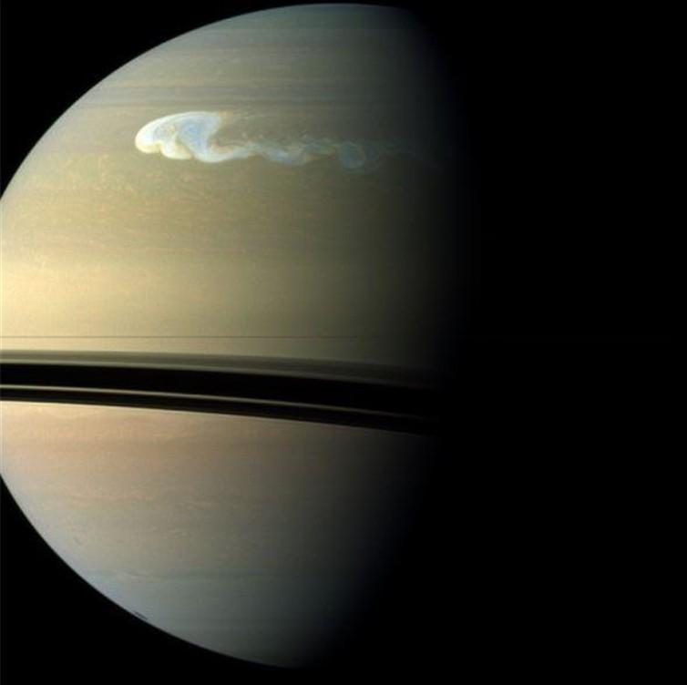 土星橡皮泥制作步骤