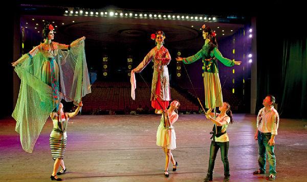 大木偶戏是秧苗戏的一种.