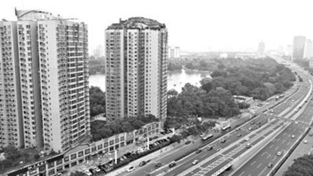 北京最牛违建楼顶别墅被责令15日内拆除