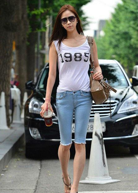 韩国极品美女街拍 时尚气质不输明星 朱琳