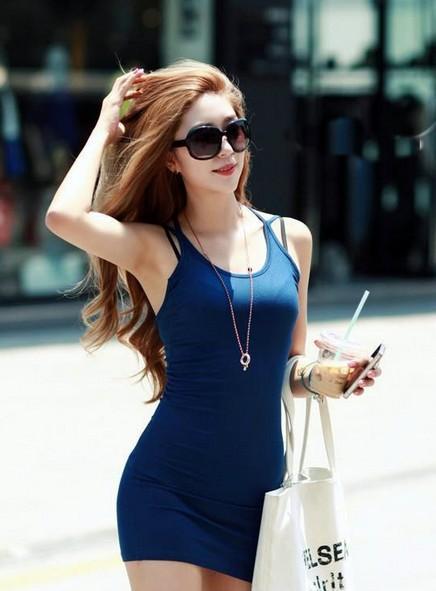 韩国极品美女街拍 时尚气质不输明星
