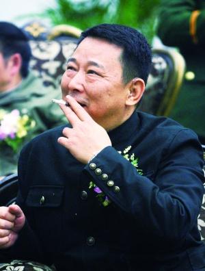 四川黑社会老大刘汉的 大靠山 是谁
