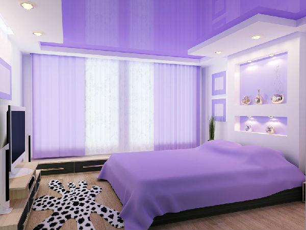 卧室风水颜色:紫色 虽说紫色迷情浪漫,但是在卧室风水颜色里面,若是居家卧室大面积的选用紫色漆,长时间的居住对人们的视觉感造成冲击,让人萌发出对生活、对家庭的无奈之感。 其实房地产新闻在居家卧室的装修时,卧室风格还是要与居室的整体风格一致,除此之外,还是要学习一些卧室风水颜色的适当搭配,来营造出好风水、舒适的居家卧室哦!
