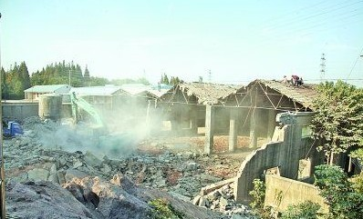 南京10万平米 违建村 全部拆除 实现零补偿图片 36654 398x241